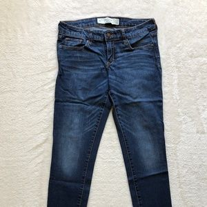 Abercrombie & Fitch Skinny Low-Rise Jeans (4S)